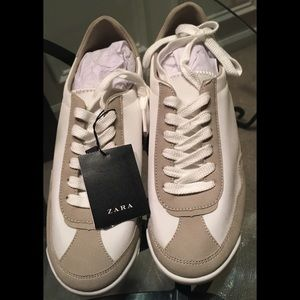 NWT Zara combined gray and white sneaker
